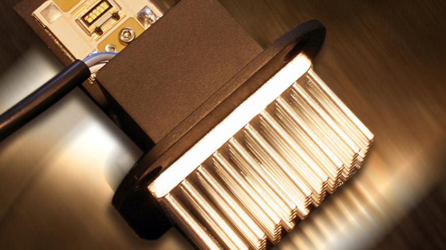 LED-Abbiegelicht-Platine mit Kühlkörper
